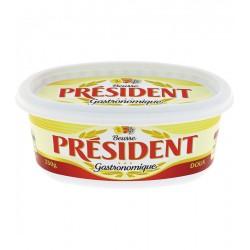 Unt President Caserola 82 % grasime